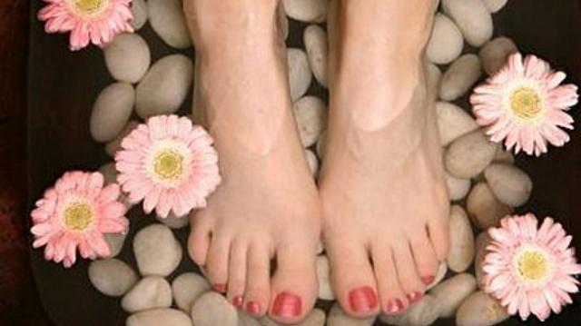 cuidados-pies-dermatologia-cosmetica-capacitadora